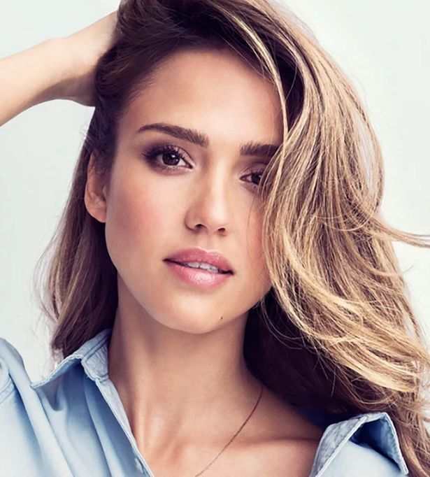 Jessica Alba Lip Gloss Shade Creative Kiss