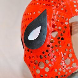 Most of the face masks of superheros available in the market are made of cloth and do not have an appealing finish. No Limit Designs offers Spider-Man Face-shell made of premium quality plastic that is more durable and gives a defined look for the user. You can take a look at how the masks are made and how they can be customized to sit your face. The mask can be designed for adults as well as children on request. Some the Spider-Man Face-shell have mechanical parts that