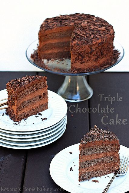 triple chocolate layer cake by RoxanaGreenGirl | Roxana's Home Baking, via FlickrChocolates Cake, Cake Recipe, Chocolates Layered, Home Baking, Triple Chocolates, Layered Cake, Chocolate Layer Cakes, Chocolates Shaving, Rich Double