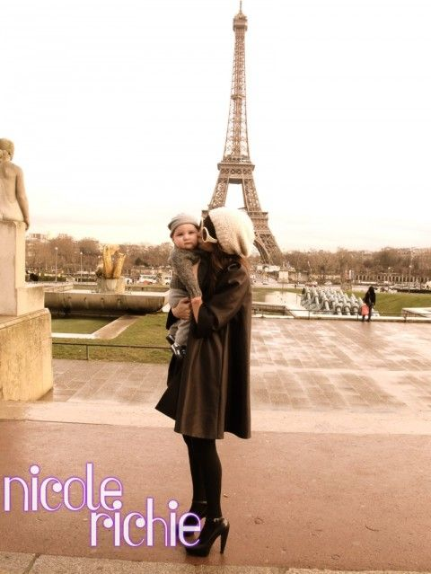 NR - Is that a leather 3/4 sleeve swing coat? + bay + Eiffel Tower = le love
