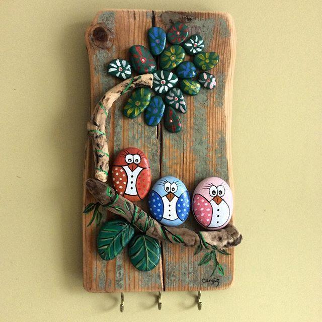 Anahtar askılığı #ahsapboyama #art #elyapımı #handmade #gift #hediyelik #yagliboya #oilpainting #taş #taşboyama #stone #stonepainting #birds #kuşlar #anahtaraskılığı #hangingkeys