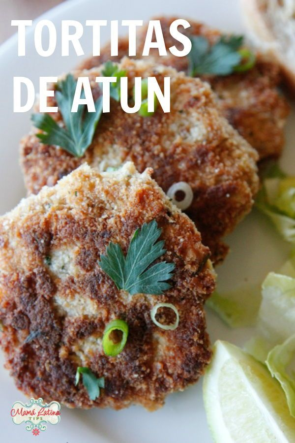 Easy and always delicious, these tuna patties are a crown pleaser. A kid's favorite, serve with a few drops of lime juice and a salad and you are set! Tuna Recipes, Seafood Recipes, Mexican Food Recipes, Vegan Recipes, Easy Weeknight Meals, Easy Meals, Easy Dinner Recipes, Breakfast Recipes, Tuna Patties