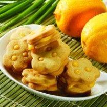 KUE KERING ISI LEMON http://www.sajiansedap.com/recipe/detail/11295/kue-kering-isi-lemon
