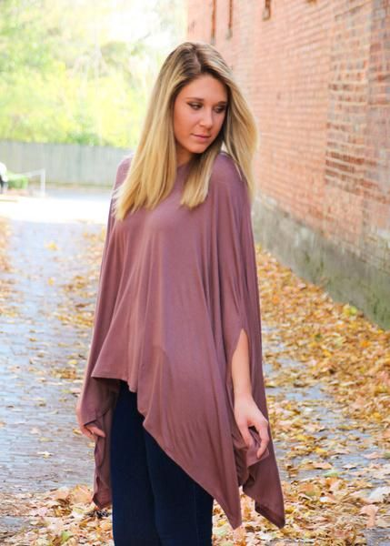 Ponchos are everywhere this fall and winter and we couldn't be happier about it! We love how ponchos are so flattering and look great with leggings and boots. You basically feel like you're wearing yo