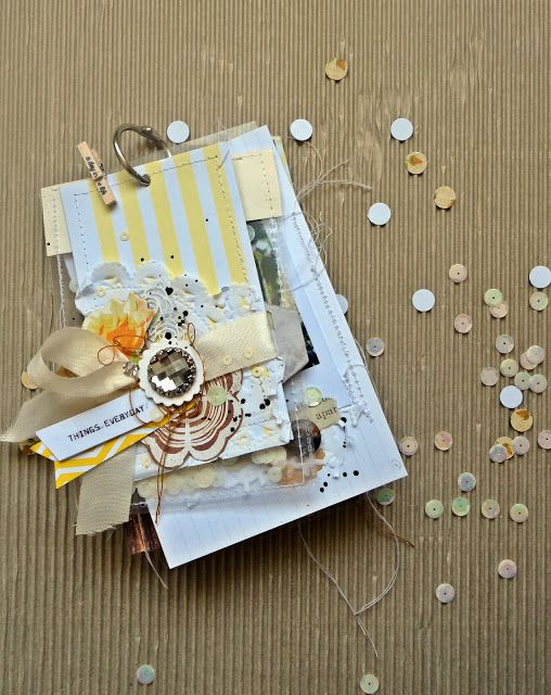 By Tania Martyns : Mini álbum Things everyday