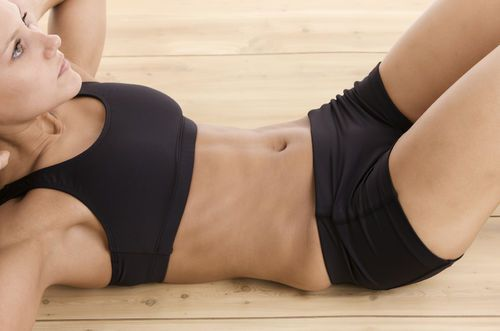 Check out this simple 'Stomach Vacuuming' exercise for flat abs exercise. You can do it from bed! Oh yeah. Let's try it! http://thestir.cafemom.com/healthy_living/187794/women_are_vacuuming_their_stomachs