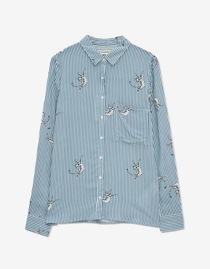 8 πουκάμισα που πρέπει να έχετε τώρα στην γκαρνταρόμπα σας | μοδα , shopping ideas | ELLE