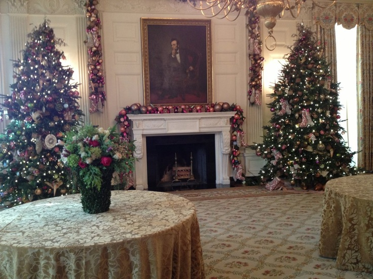 Take A Tour Of The White House Holiday Decorations With Us EastHoliday DecorationsThe StateWhite HousesDining RoomsWings