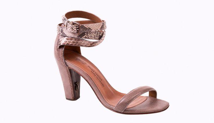 Sexy Paula Ferber snakeprint sandals