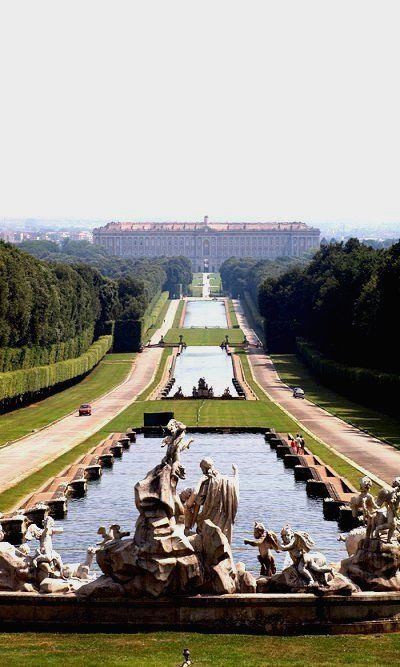 Royal Palace of Caserta, Naples, Italy #www.theadventuresofapinkchampagnebubble.com
