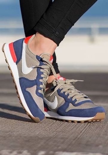 pretty nice 193bb 7bf38 ... Royal - Sandtrap Nike Internationalist ...