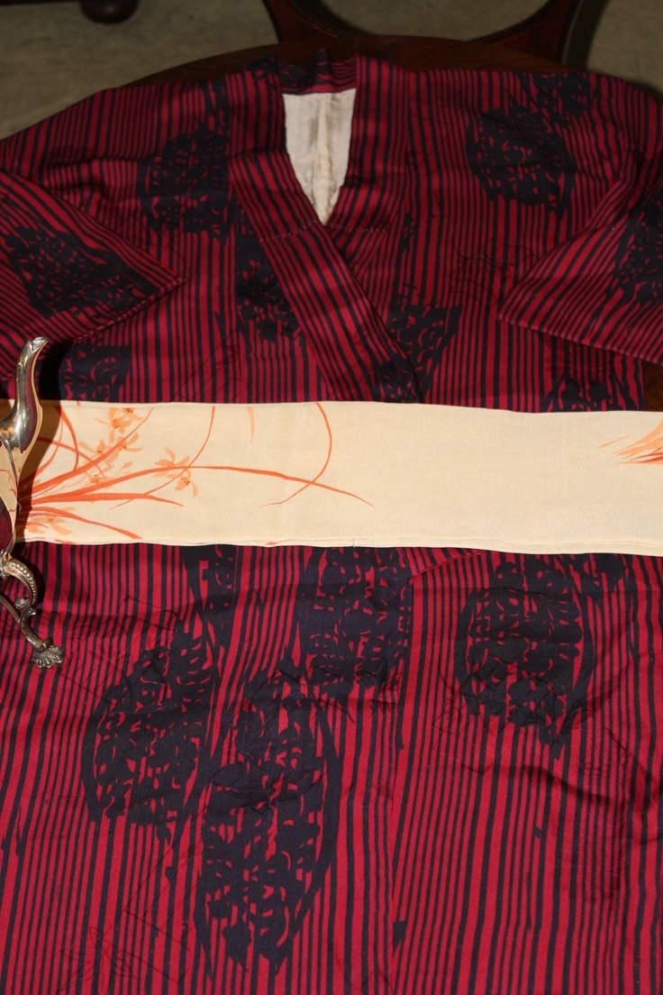 For Him an original early 50s pure silk kimono with original pure silk waist belt