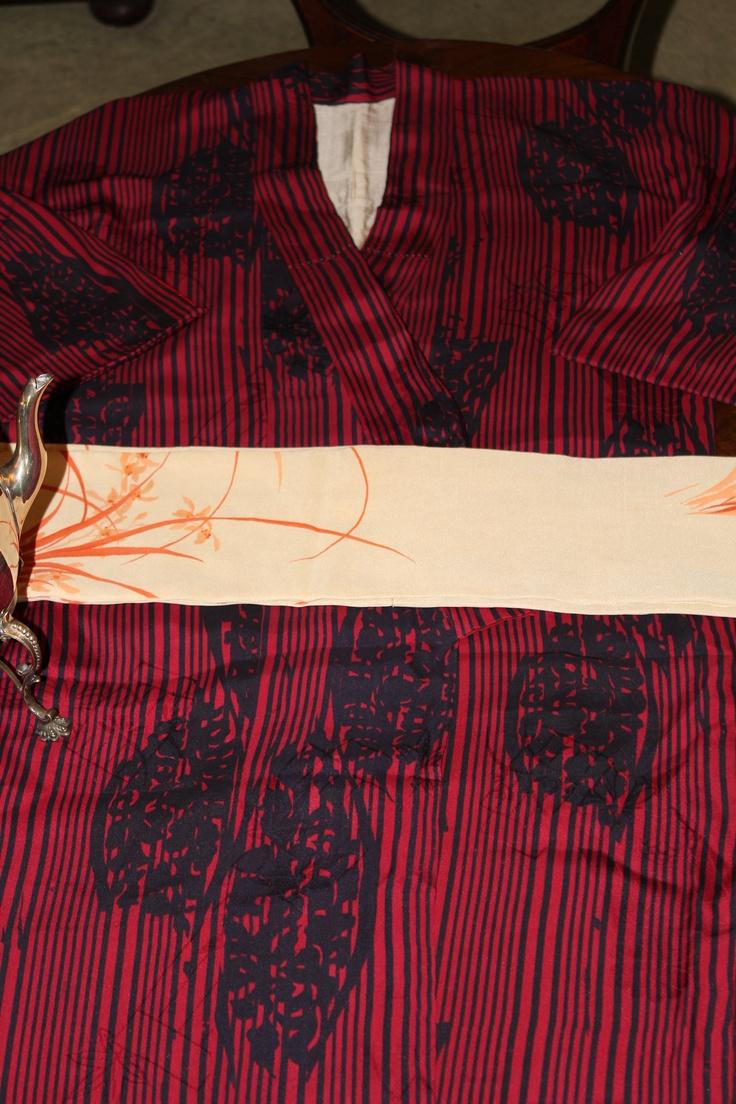 For Him an original early 50s pure silk kimono with original pure silk waist belt