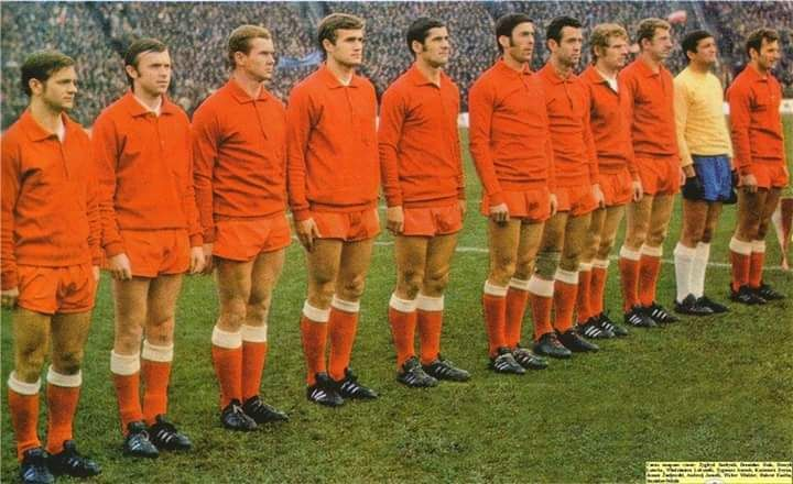 Poland lineup to play Bulgaria in a World Cup qualifier in 1969 (Lubanski, Deyna in the side)