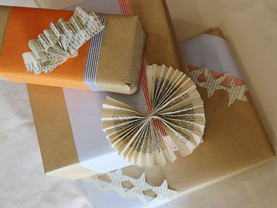 Three Creative Gift Wrapping Options – Simple and budget decorative wrapping for Christmas #2 | DailyInkling.com