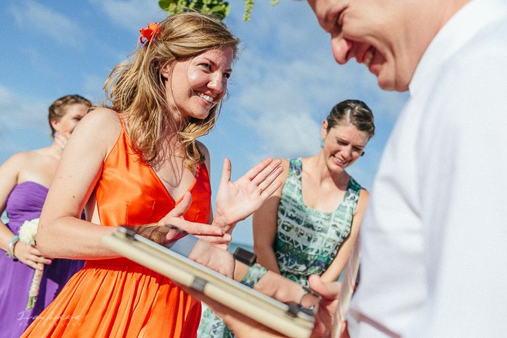 Tulum wedding photographer provides the best wedding photography for the wedding couples.