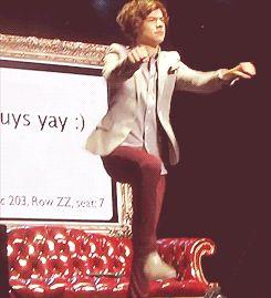harry styles 2014 | Dancing-Styles-harry-styles HE'S DOING MY DANCE!!!!!!!!!!!!!!!!