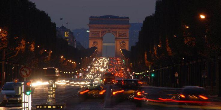 Arc de Triomphe, Paris : Initiative napoléonienne.