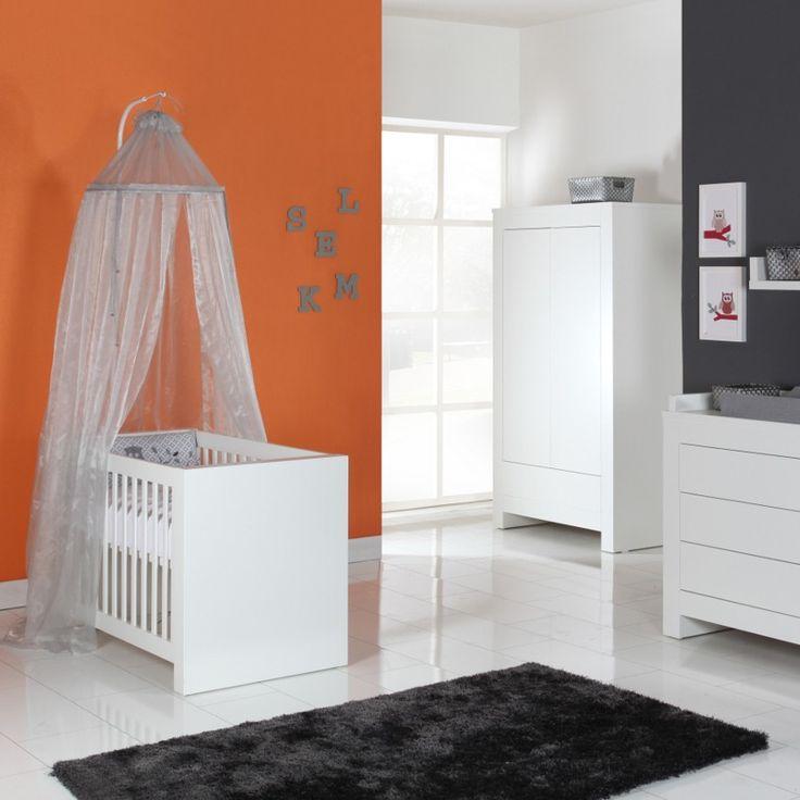 17 beste idee n over oranje babykamers op pinterest babykinderdagverblijf kinderdagverblijf - Muur kleur babykamer meisje ...
