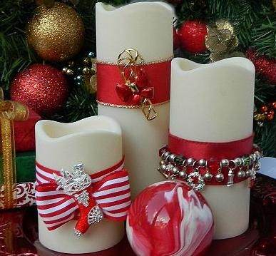 Spice up your candles for the holidays using ribbons, Christmas jewelry, and other odd  ends - check it out on Hometalk -