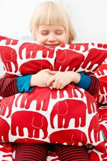 Finlayson Elephant children's bed linen set | Elefantti- lasten pussilakanasetti 35 €