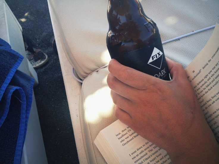 Μαύρη άμμος, μαύρη μπύρα #fixhellas