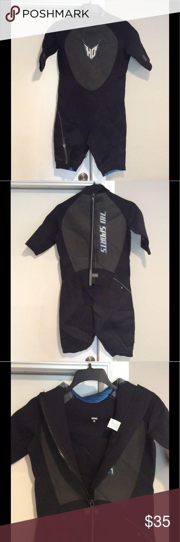 "HO ""Blaze"" 2mm Shorty Spring Wetsuit Men's XL HO SPORTS FreedomFlex Men XL Black 2mm Wet Suit Blaze Shorty Glideslide Aquaseal. Quality Wet Suit!  Like New condition ...Size Men XLarge.. HO Sports Swim"