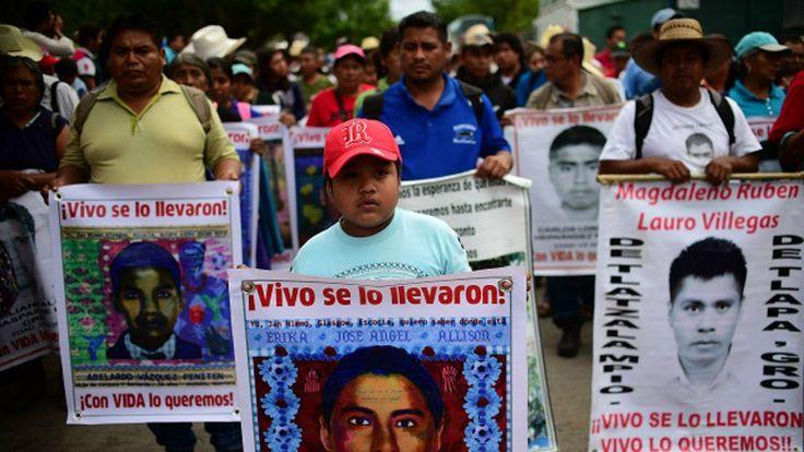 México: forenses argentinos confirman que los 43 estudiantes de Ayotzinapa no fueron incinerados - BBC Mundo