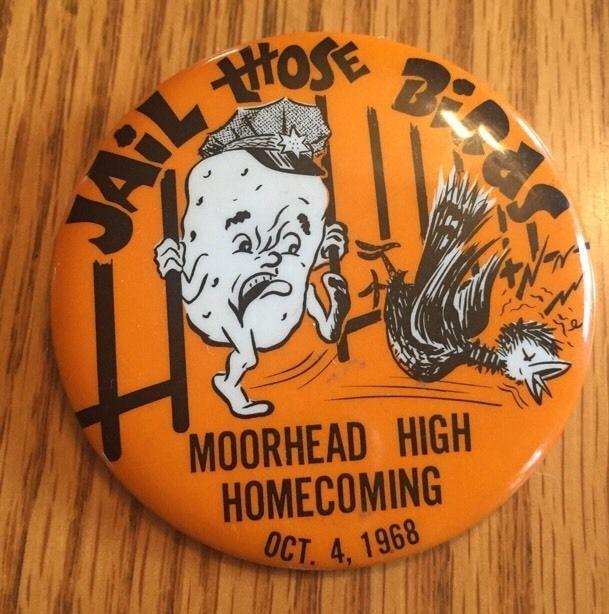 Vintage 1968 Moorhead MN Football Homecoming Pin High School Button Badge
