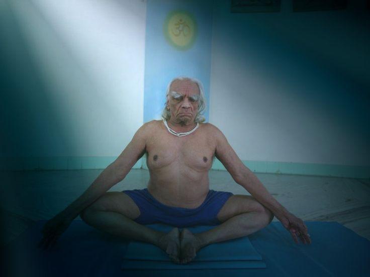 Йога Айенгара – это удивительная возможность придать своему телу анатомическое совершенство, избавиться от эмоционального и физического напряжения, укрепить здоровье, продлить молодость и красоту.
