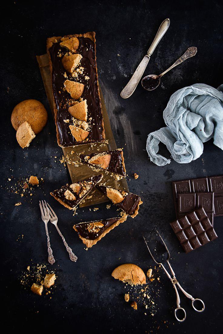 picante-jalapeno.blogspot.com: Krucha tarta z dżemem borówkowym i kremem czekoladowym