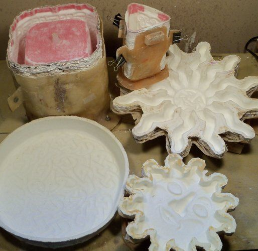 Diy Homemade rubber molds using silicone Caulking. This ...