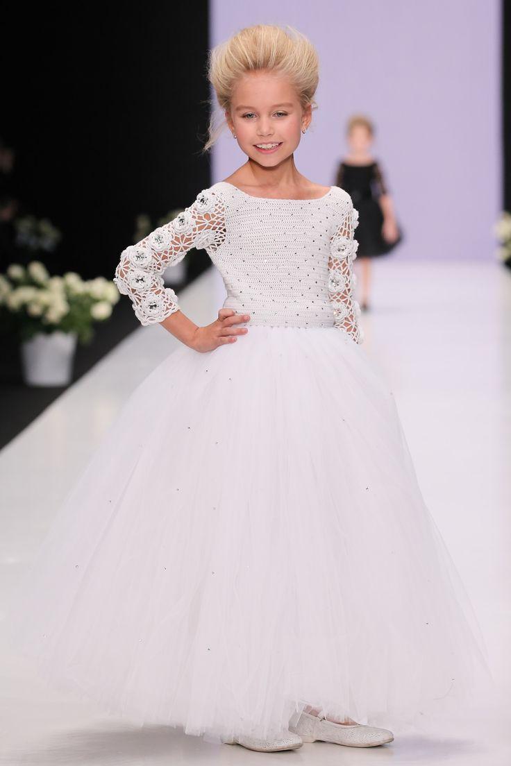 L'erede Mercedes-Benz Fashion Week SS 2017