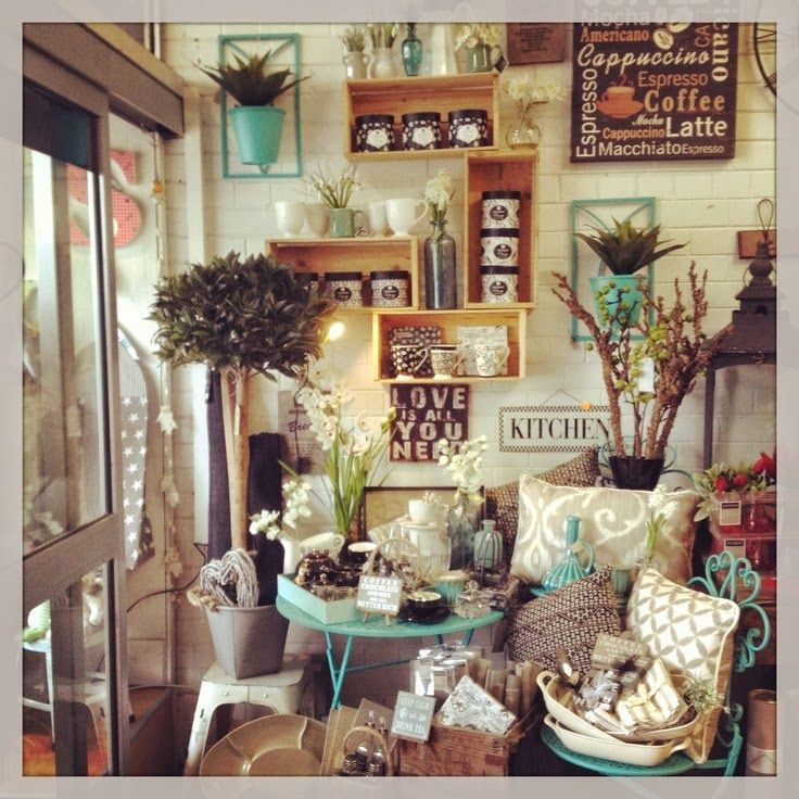 The Decorating Store: Vintage Show Off: No Help. No Truck. No Big Pieces In My