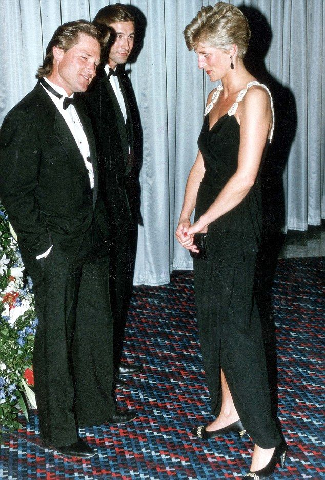 The Princess got chatting to Kurt at the royal premiere of his film Backdraft in London in 1991 (pictured) and apparently confided in him that she was struggling with constant attention from the paparazzi