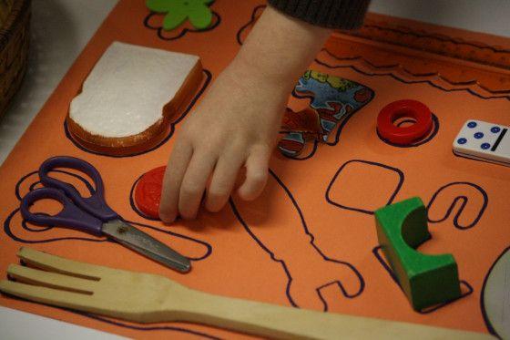Easy homemade shape puzzle - happy hooligans