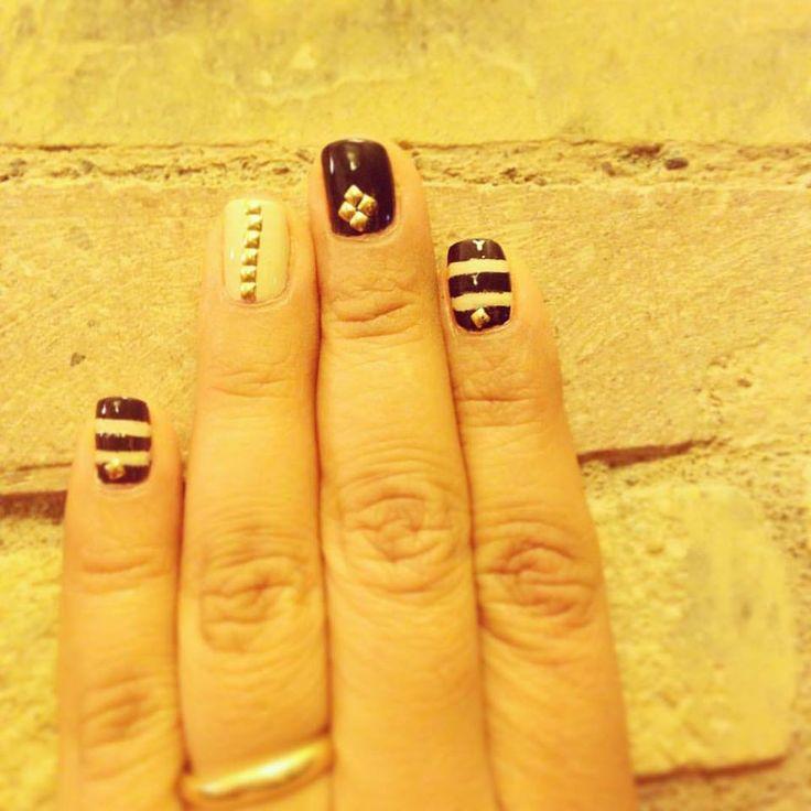 tachas para uñas