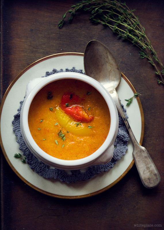 Zupa-krem z pieczonej papryki