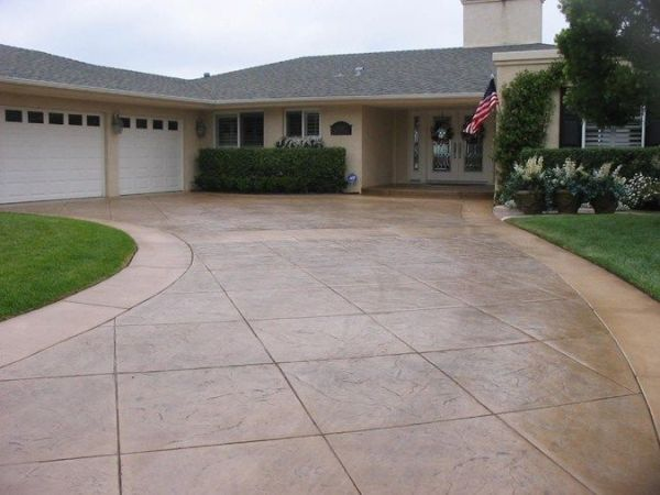 Stamped concrete driveway, decorative concrete for Northwest Washington driveways