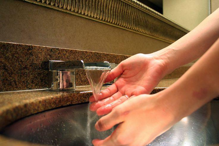 Imagen: SMercury98/Flickr Muchas veces con algunas tareas cotidianas las manos sufren y, al terminar, duelen. Seguro que te ha pasado alguna vez o, incluso, pue