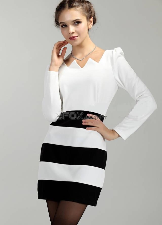 Vestido Preto e Branco, Estilo 2012, Sinta-se Fantástica e na mais recente Moda! Encomende já na Efox:  http://www.efox.com.pt/vestido-primavera-preto-e-branco-p-289535