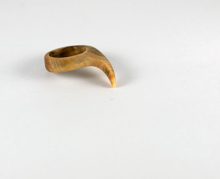 Shark - ring from iuniper by morgod