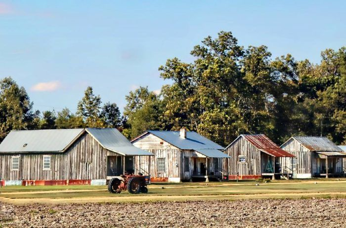 10 Amazing Places To Stay Overnight In Mississippi Without Breaking The Bank