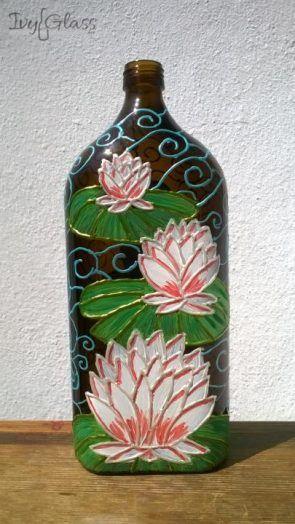 Ręcznie malowana szklana butelka - Lilie wodne