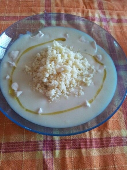 Vellutata di Asparagi con Pollo e Cous Cous