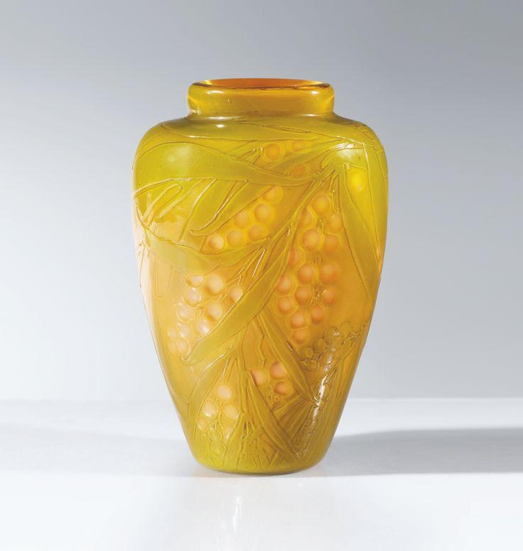 Emile Gallé VASE, VERS 1900 AN ACID-ETCHED AND WHEEL-CARVED CAMEO GLASS VASE, CIRCA 1900. SIGNED verre double couche, à décor de mimosa dégagées à l'acide et repris à la roue Signature gravée Gallé sur le flanc 11,4 x 8,3 x 6,1 cm (4 1/2 x 3 1/4 x 2 3/8 in.)