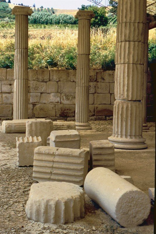 """Archaelogical Museum of the del Ellenistic Sanctuary  """"La Cuma"""" and Archaelogical Parc """"La Cuma"""" MONTERINALDO, Italy"""