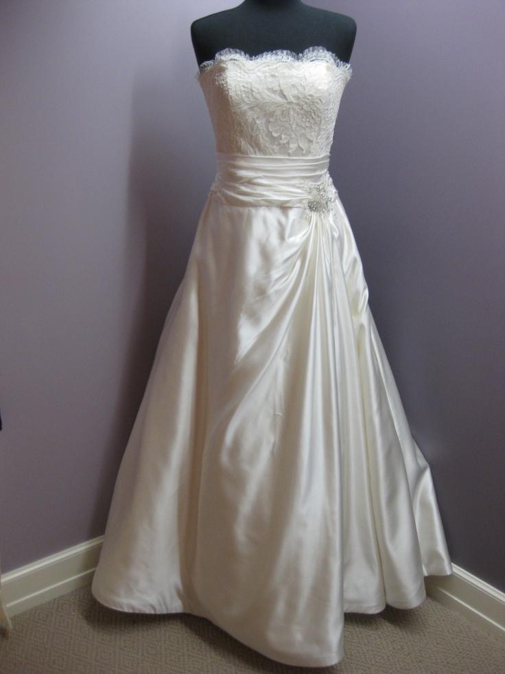 Jim Hjelm Style 8762 bridal dress ivory size 12, $1500: Dresses Wedding Bridal, Dresses Silk Dresses, Dresses Discount Bridal, Dresses Ivory, Bridal Dresses, Dresses Sales Wedding, Dresses Wedding Brids, Dresses Brids Design, Dresses Gowns Brids
