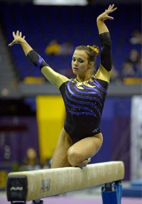 Ashleigh Gnat- LSU gymnast