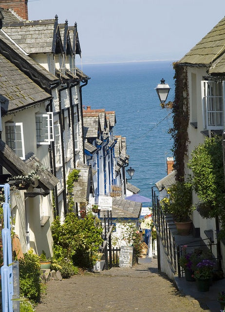 Clovelly Devon, England.I want to go see this place one day. Please check out my website Thanks. www.photopix.co.nz